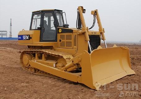 山工SEM816履带推土机